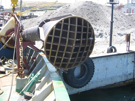Project for the modernization of the hopper marine dredge Pechora